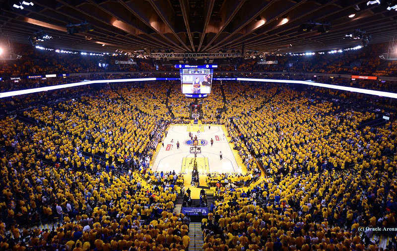 Golden State Warriors Home Court >> 9 Things Steph Curry Can Buy With His New Contract | Legion Report